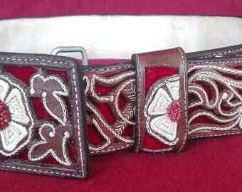 Artisan Hand Stitched Belts - Cinto Pitiado Pita Fina - Spring Flower