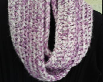 Crocheted Infinity scarf - light purple and white