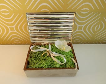 nature-bearer: Orchid silk greenery
