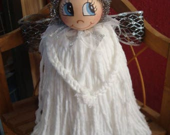 Recycled material Angel