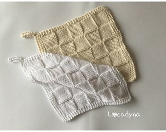 Dishcloths Washcloths - Knit cotton Polyester white Ecru - toilet bathroom bath shower Spa Onsen - birthday - Hand Made Scrubbies gift