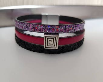 Cuff Bracelet leather magnetic clasp