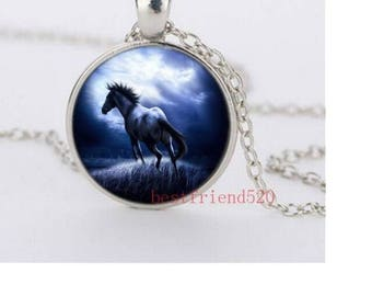 1 pattern in bright silver metal horse Medallion Choker necklace