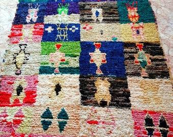 Moroccan Vintage Hand Woven Boucherouite Rug ( 2,30 x 1,10 m )