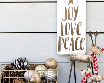Farmhouse Christmas Decor, Farmhouse Christmas Sign, Rustic Christmas Decor, Christmas Farmhouse Sign, Peace Joy Love, Christmas Decorations