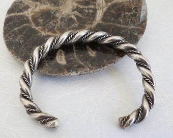Double wire twist old southwest Navajo sterling silver cuff bracelet