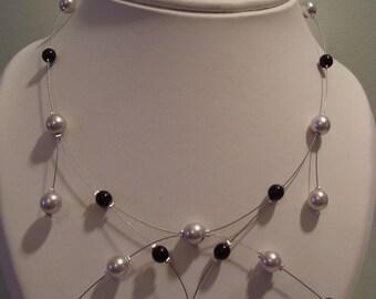 Original necklace black and gray beads
