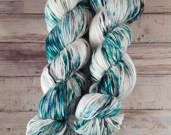 Lagertha | MCN Fingering | Superwash Merino Wool/Cashmere/Nylon | Handpainted Yarn