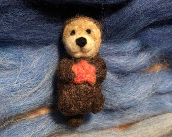 Needle felted Otter Needlefelt Otter Critter Creature Animal Starfish - Needlefelt Cecil the Otter with Starfish