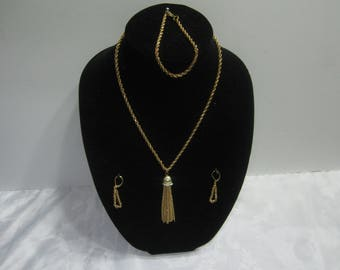 Handmade gold tone jewelry set