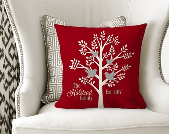 FAMILY TREE PILLOW, Family Name Gift, Family Tree Birds, Sister Gift, Personalized Wedding Gift, Housewarming -Pillow Cover or W Insert