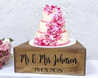 Wedding Cake Stand, Rustic Wooden Cake Display Stand, Personalised Cake Stand, Wedding Venue Decoration,Hand made