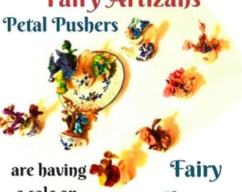 Fairy Artizans Petal Pusher flitter and flutter as they collect their prizes of fresh petals to create Fairy Flowers