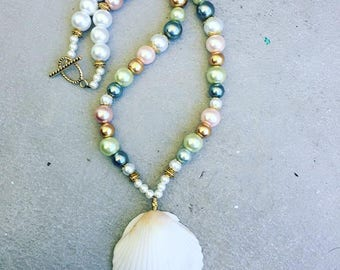 Beaded Mermaid Necklace; Mermaid Bling; Beach Jewelry; Beaded Mermaid Necklace; Peal Beach Necklace; Sea Shell Jewelry