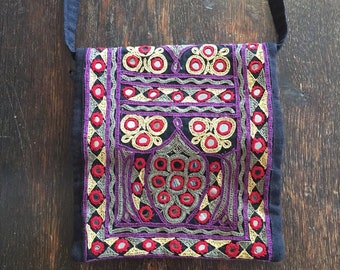 Beautiful vintage Indian ethnic embroidered mirrored bag Banjara Rajasthani Kuchi