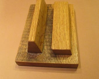 Tablet stand. made of oak wood, finished in polyurethane satin.