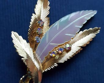 Vintage gold tone leaf spray brooch with faux mother of pearl and mini aurora borealis stones