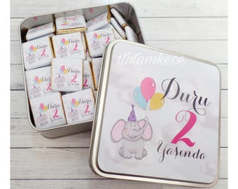 100 Personalized Chocolate in Metal Box - Baby Chocolate- Favor- Baby Gift- Elephant Party- Balloons- Birthday Gift- First Birthday- Metal