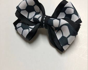 Double wrapped soccer bow