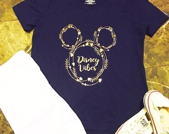 Disney Good Vibes Ladies Shirt in Navy