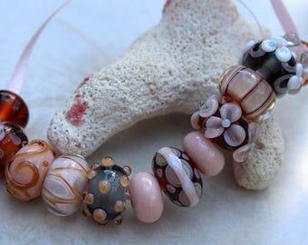Elizabeth Creations INNOCENCE artisan lampwork handmade glass beads Sra