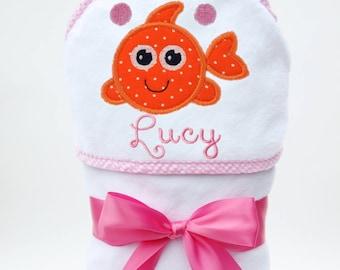 Hooded Bath Towel, Baby Bath Towel, Personalized Baby Towel, Monogrammed Bath Towel, Fish Baby, New Baby Gift, Baby Girl, Toddler Girl Towel