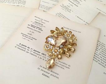 Champagne Gold Rhinestone Brooch.Champagne Brooch.Gold Crystal Brooch.Bridal.Wedding Accessory.Vintage Style.Broach.Bridesmaid.Teardrop