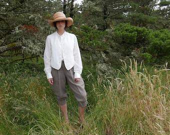 Antique Men's White Waistcoat Size Medium
