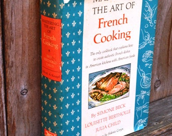 Mastering the Art of French Cooking -- Julia Child -- 10th Printing (1965) -- Vintage Book