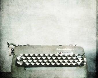 8x8 Typewriter 2