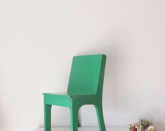 Mid Century Green Chair Vintage Childs Chair 1960's Chair Vintage School Chair Kelly Green Children's Furniture Play Chair Small Chair