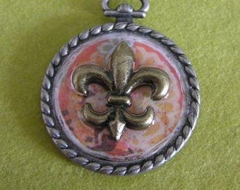 Mixed Media Metal Bezel Pendant