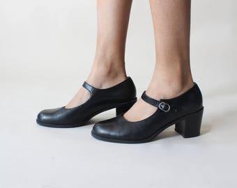 vintage mary janes | mary jane chunky heels | 1990s US 8.5 EU 39