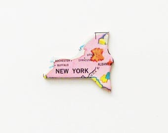 1961 New York Brooch - Pin / Unique Wearable History Gift Idea / Upcycled Vintage Wood Jewelry / Timeless Gift Under 25