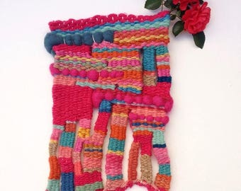 Hand woven wall hanging, tapestry weaving, fibre art, textile art, wall decor, handmade weaving