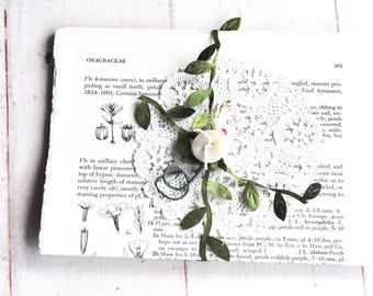 Vintage Botanical Book Pages Bundle - Set of 10 Pages - Junk Journal - Mixed Media - Assemblage - Artist Paper - Journaling - Vintage Paper