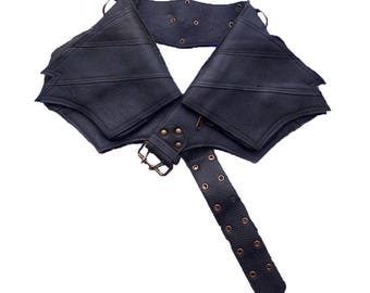 Leather Utility Belt | Winged Black, 4 Pocket | Saddle | travel, cosplay, festival