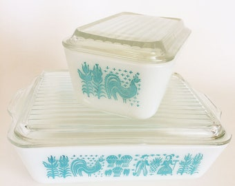 Set of Two Vintage Pyrex Butterprint Refrigerator/Casserole Dishes With Lids, Aqua, Blue, Rooster, Collectible, Rectangular