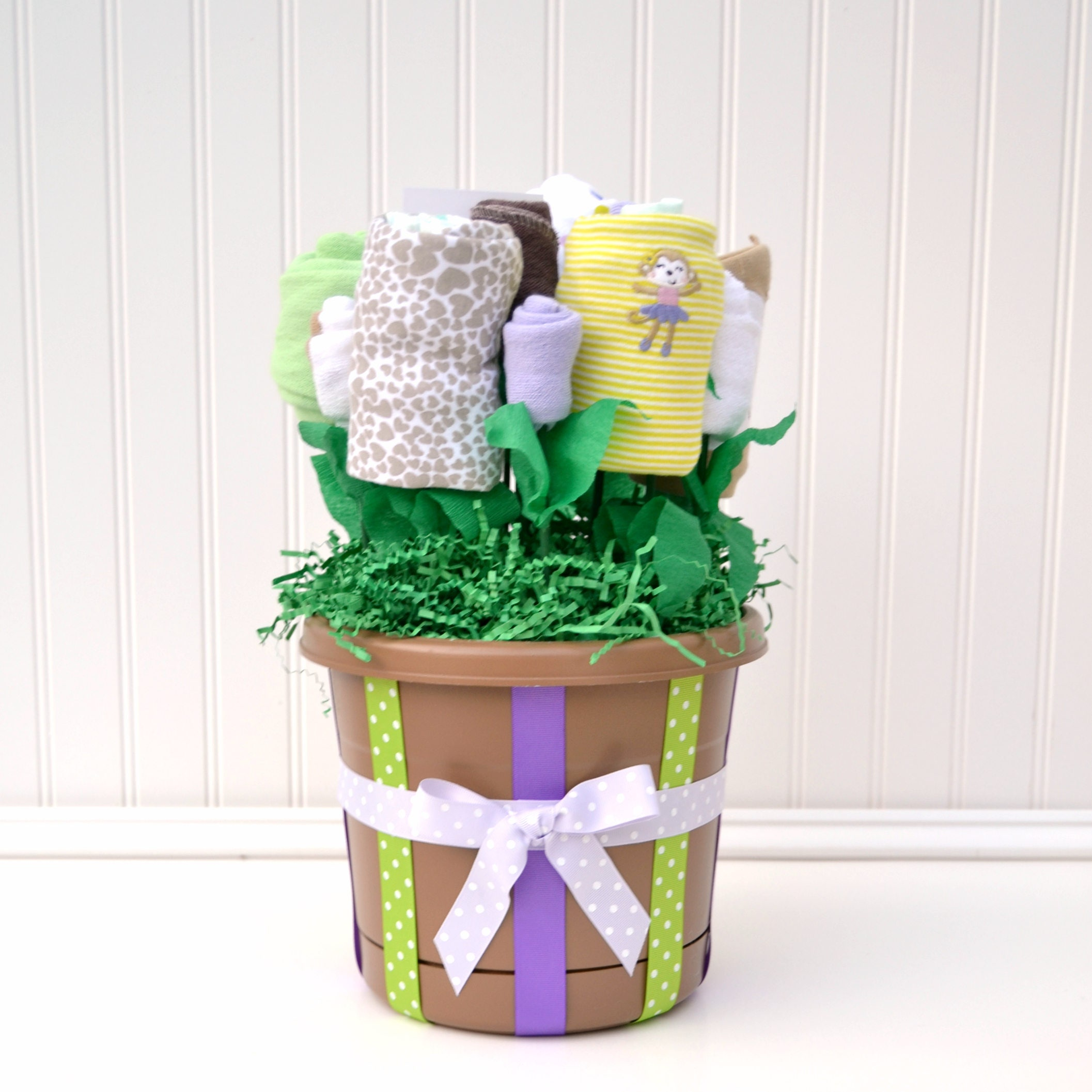 Baby Gift Basket Babies R Us : Girl baby shower gift new basket