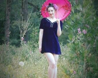 Velvet Dress / Purple Velvet Dress / Mini Dress / 1960s / Rhinestones / Minidress / Party Dress