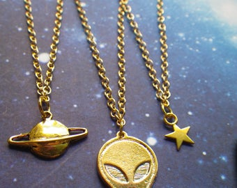 Saturn planet necklace, grunge, 90s, space alien
