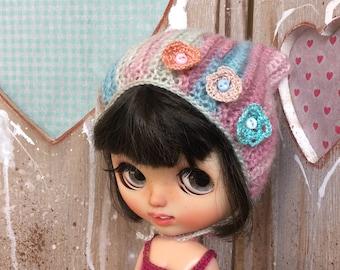 Blythe crochet flower hat