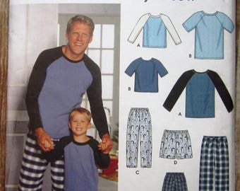Easy to Sew Boys and Mens Pajamas: Pants or Shorts, Bag and Knit Top sizes Boys S M L Mens S M L XL Simplicity Pattern 9499 UNCUT