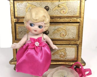 Vintage Bisque Doll Google Eyes Side Glancing Blonde Flapper Kewpie Hot Pink Dress Frozen Charlotte