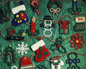 TRIM THE TREE In Plastic Canvas Solid and Cutwork Ornaments Package Tie-Ons Leisure Arts 1389