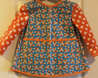 READY TO SHIP 4/5 Extra Long Long Sleeved Childrens Art Smock Painting Shirt in Blue with Foxes