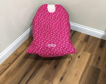 Infant Car Seat Blanket, car seat cover, pink arrow car seat cover, car seat carrier blanket, car seat coat, baby carrier blanket, baby gift
