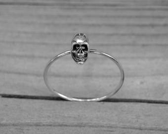 Vintage Small Silver Skull Stackable Ring Size 9 Delicate Petite Skull Jewelry Gothic Goth Punk Rock n Roll Rocker Rock and Roll Heavy Metal
