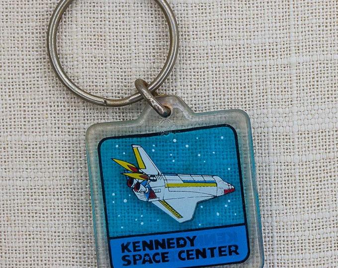 Kennedy Space Center Keychain Vintage Shuttle Spaceship Florida NASA Key FOB Key Chain 7PP