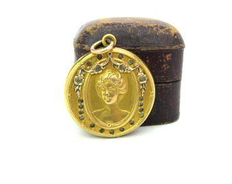 Victorian Picture Locket. Gold Filled Photo Pendant. Two Photos. Lady w/ Upswept Hair. Garland, Paste Crystals. Antique 1900s Jewelry